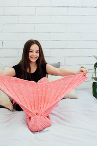 pink mermaid tail blanket