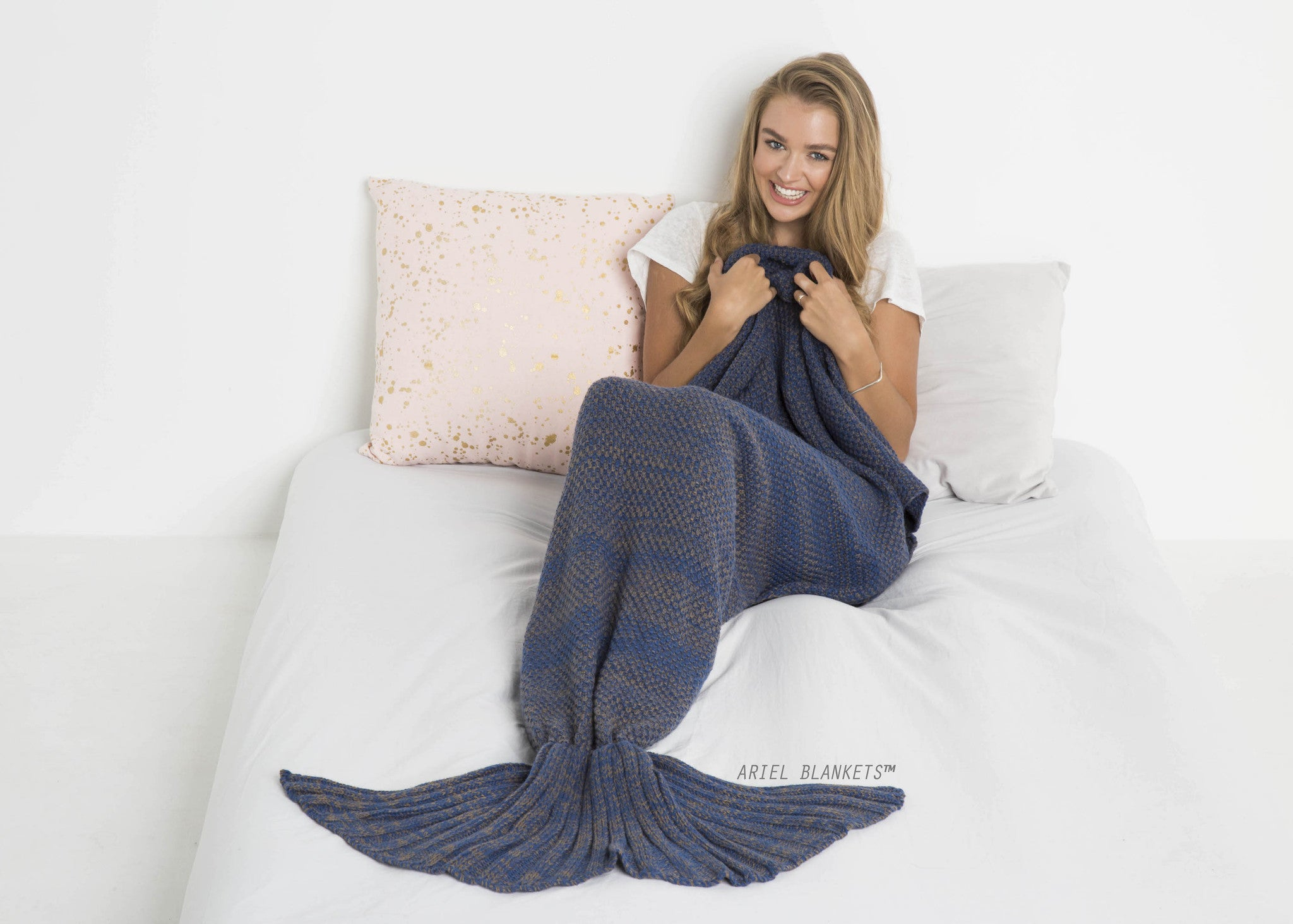 Mermaid Blanket (Navy Blue)