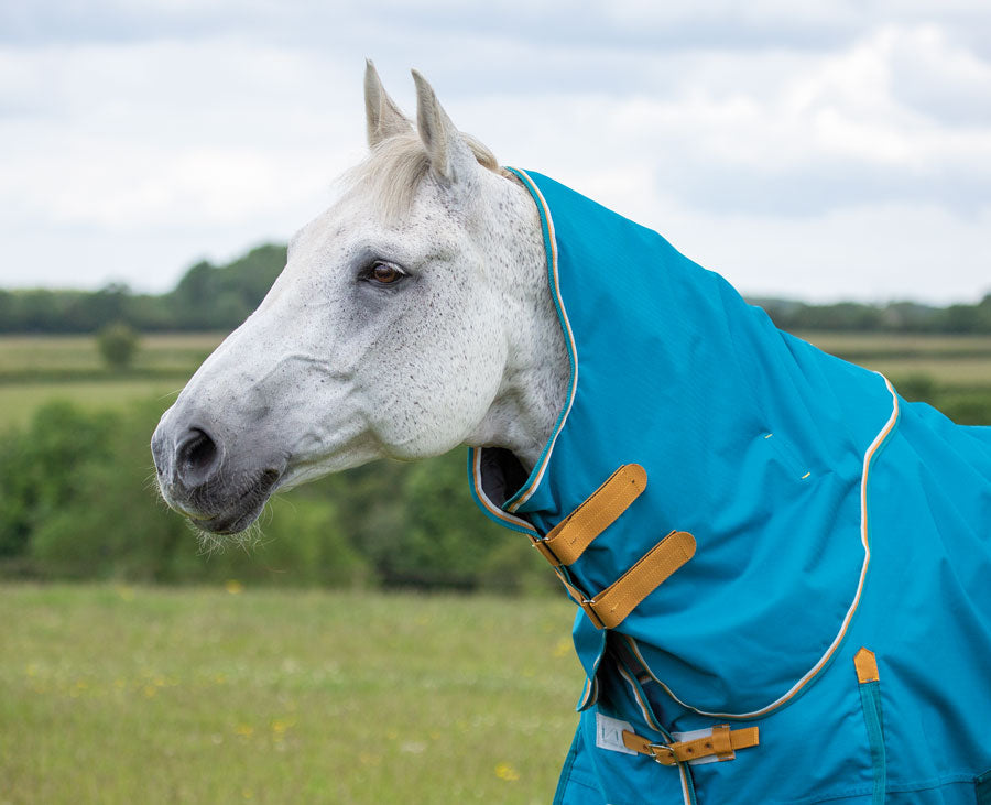 Shires Highlander Original Lite Neck Cover