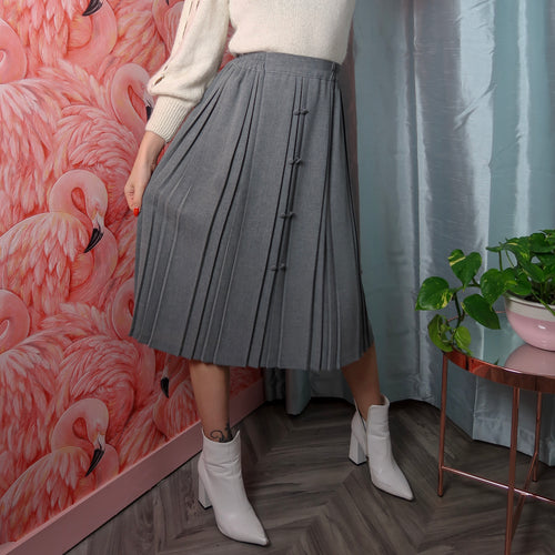 1980's grey pleated skirt