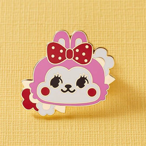 Retro cuties bunny pin
