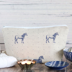 Country Horses Wash Bag - Blue Roan On Pebble - Meg Morton