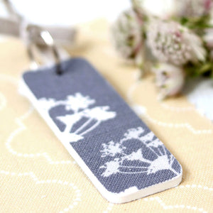 Cow Parsley Keyring - Kimmeridge Grey