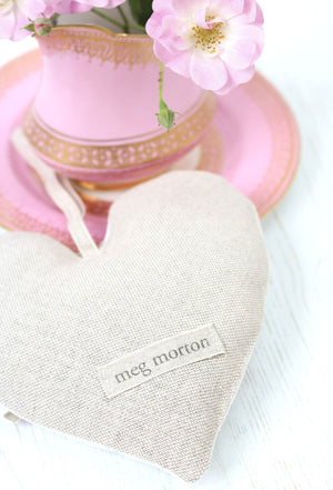 French Daisy Lavender Heart - Limoges Pink