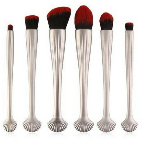 Fishtail Makeup Brush