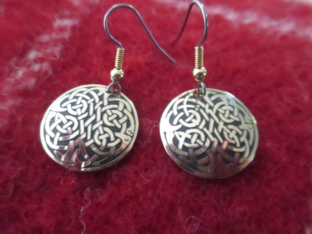 Celtic Round Earrings