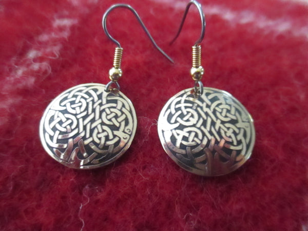Celtic Design Round Earrings in Small Size