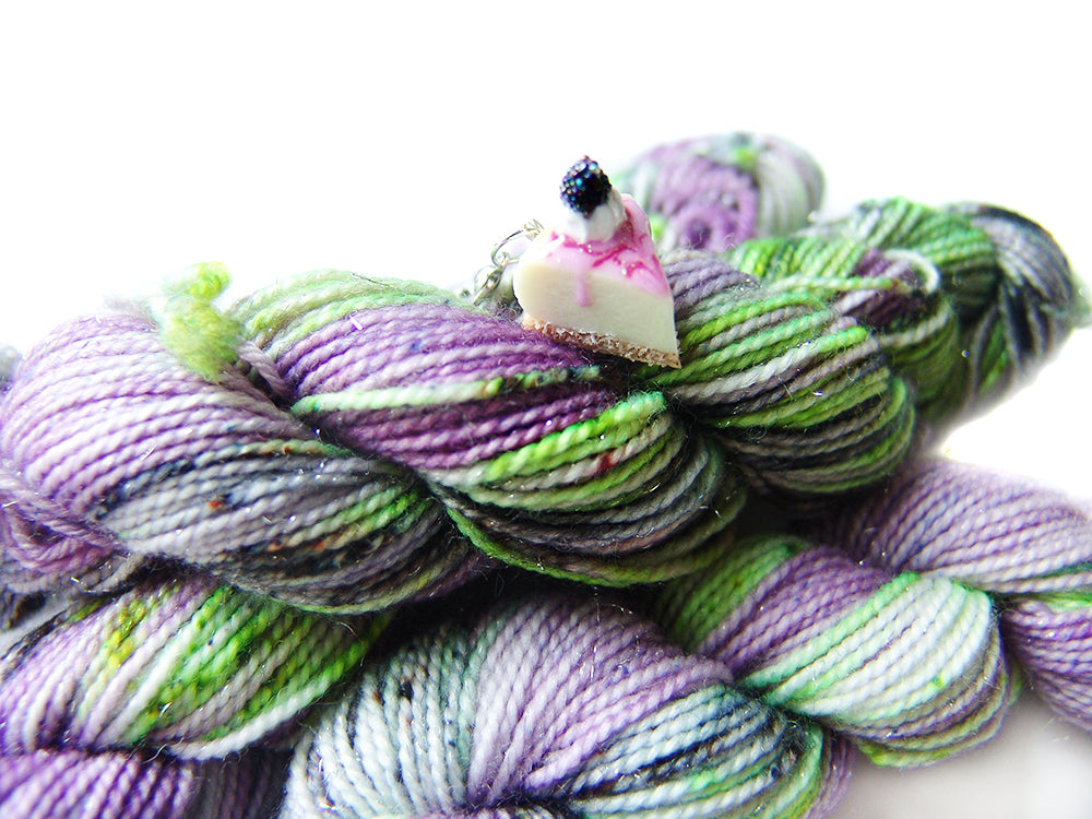 Twilight Zone | Stellina Sparkle Mini, Single | SSM Marketplace Signature Yarn - Sucre Sucre Miniatures