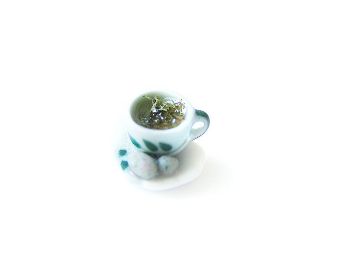 Wizardr-tea Charm Collection, No.002 Gillyweed Hot Tea - Sucre Sucre Miniatures