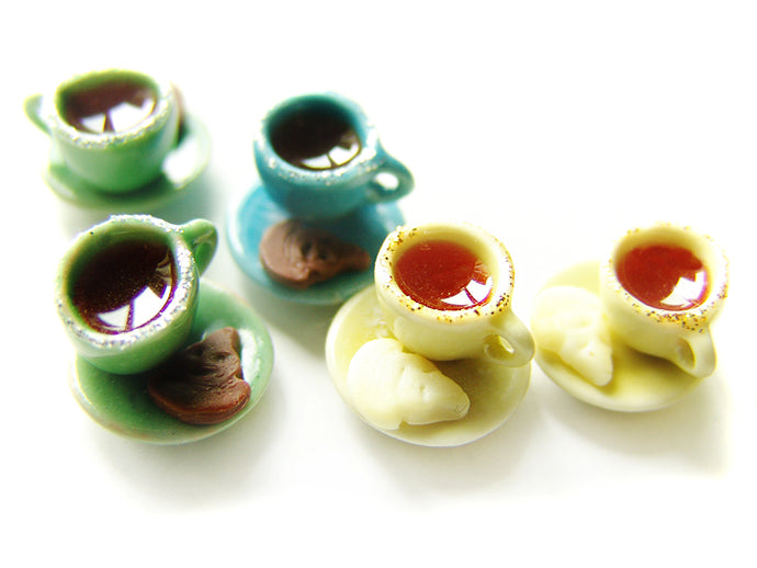 Wizardr-tea Charm Collection, No.003 Sorting Ceremony Cuppa Tea - Sucre Sucre Miniatures