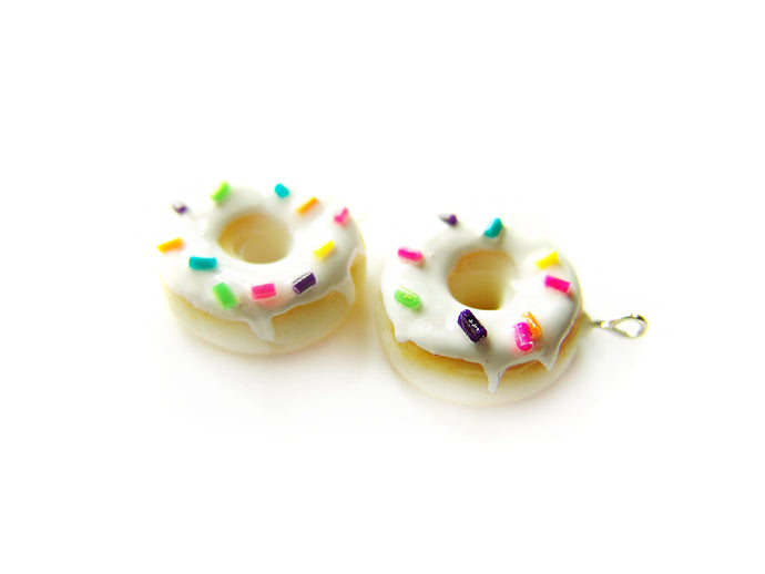 Vanilla Sprinkle Donut Charm - Sucre Sucre Miniatures