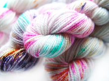 Load image into Gallery viewer, Skull Candy | Stellina Sparkle Mini, Single | SSM Marketplace Signature Yarn - Sucre Sucre Miniatures