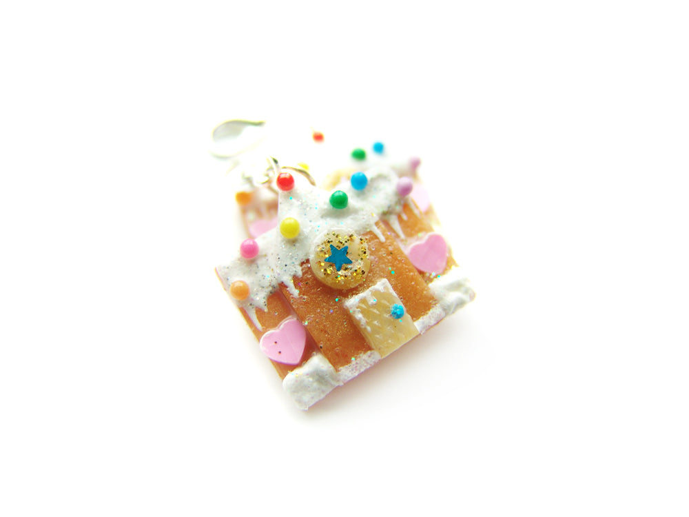 The 2018 Gingerbread House Charm