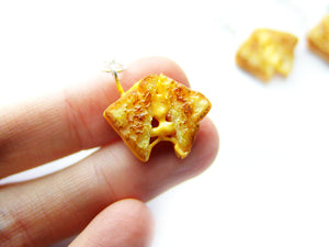 Pull-Apart Grilled Cheese Sandwich Charm - Sucre Sucre Miniatures