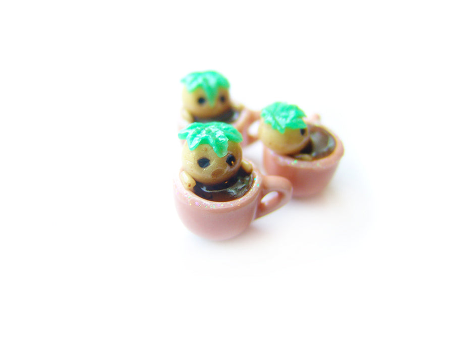 Wizardr-tea Charm Collection, No.008 Mandrake Hot Tub Hot Cocoa Charm - Sucre Sucre Miniatures