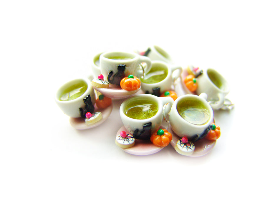 Halloween Witch's Brew Green Tea Latte - Sucre Sucre Miniatures
