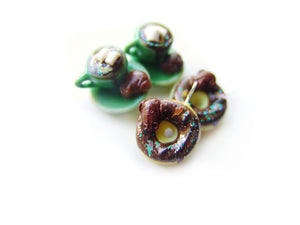 Chocolate Frog Donut Charm - Sucre Sucre Miniatures
