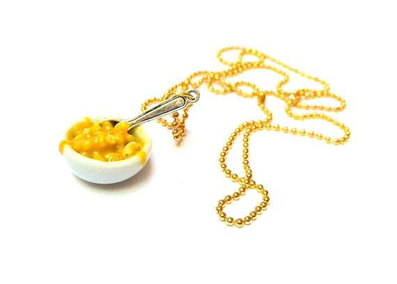 Bowl of Mac and Cheese Necklace - Sucre Sucre Miniatures