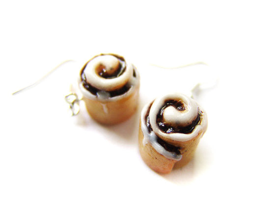 Cinnamon Roll Dangle Earrings - Sucre Sucre Miniatures