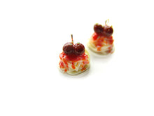 Load image into Gallery viewer, Spaghetti and Meatballs Charm - Sucre Sucre Miniatures