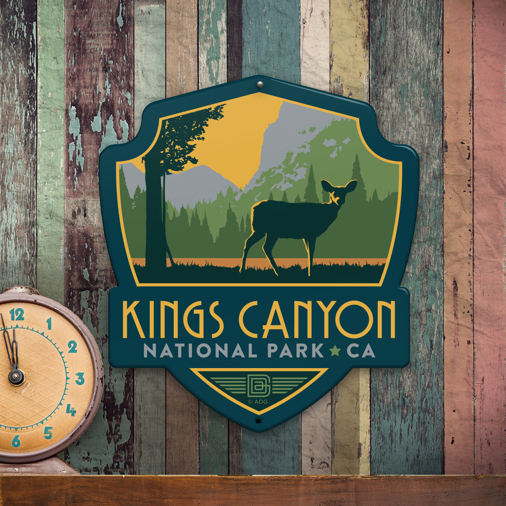 Metal Emblem Sign: NP Kings Canyon National Park