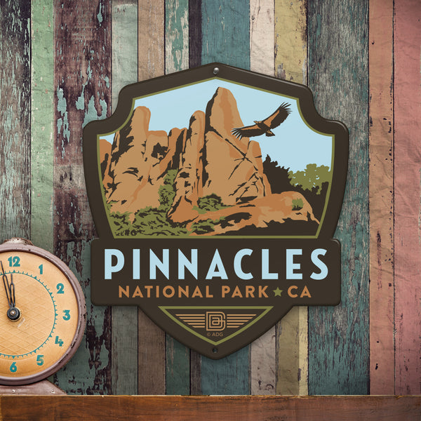 Metal Emblem Sign: NP Pinnacles National Park