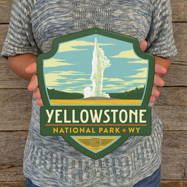 Metal Emblem Sign: NP Yellowstone National Park
