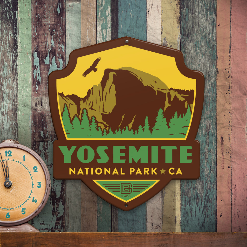 Metal Emblem Sign: NP Yosemite National Park