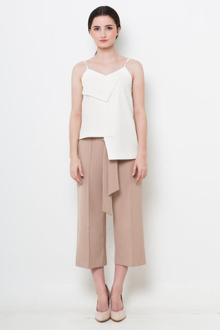 White Origami Asymmetric Top