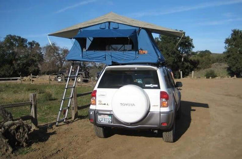 Ayer Sky Roof Top Tent Mounted on Vehicle