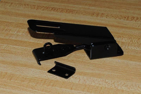 Trailer Lid Latches