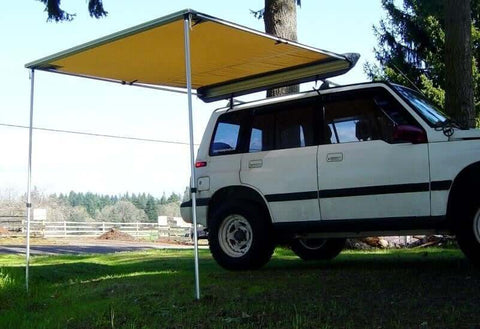 Camping Roll Out Awning Mounted on Vehicle