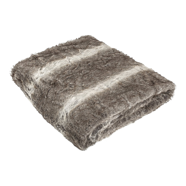 Softly brown fake fur bed cover