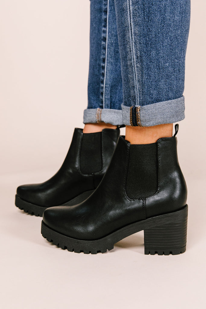 Jaber Lug Sole Chelsea Boot
