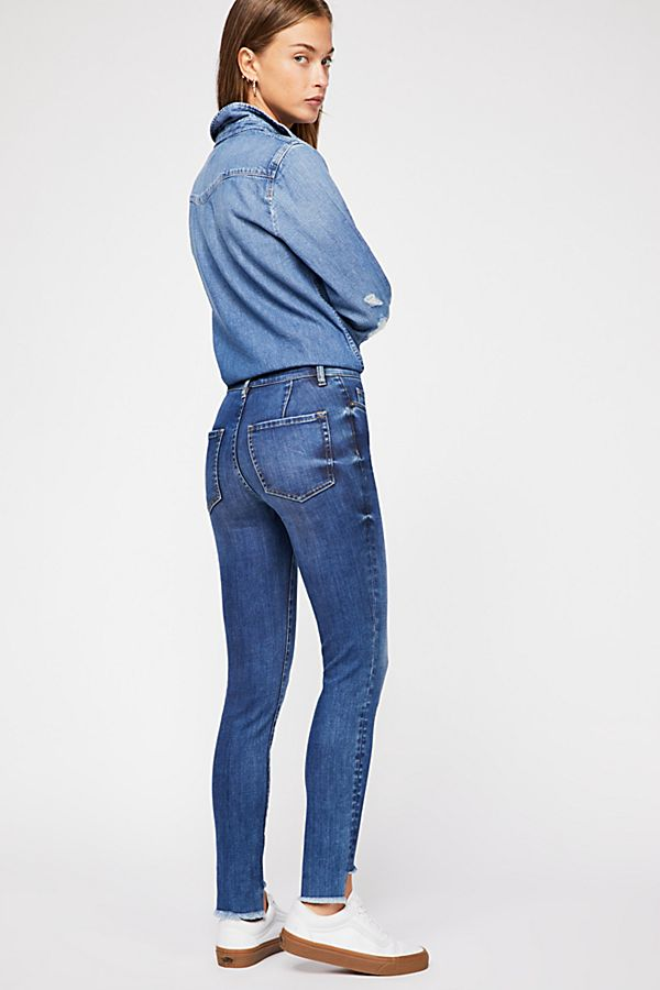 LOW RISE PIN TUCK SKINNY