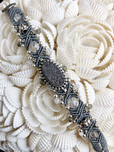 Load image into Gallery viewer, Beaded Macramé Bracelet by Isha Elafi SB2201