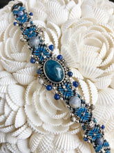 Load image into Gallery viewer, Beaded Macramé Bracelet by Isha Elafi SB2202