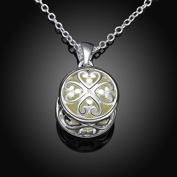 Powder Stone Luminous Necklace