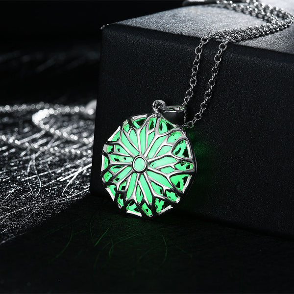 Snowflake Luminous Necklace