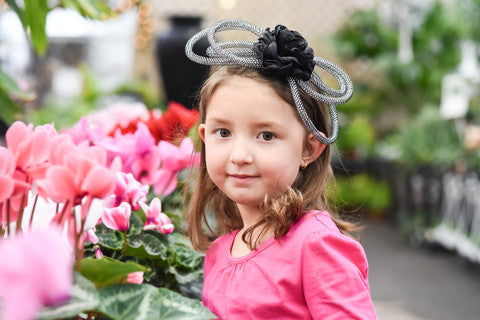 Tubular flower headband