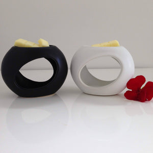 Oil Burner Black or White Ceramic