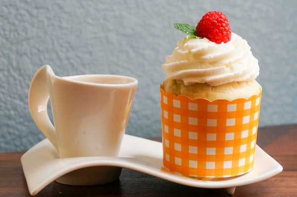 Case of Large Orange Gingham Bake-In-Cups