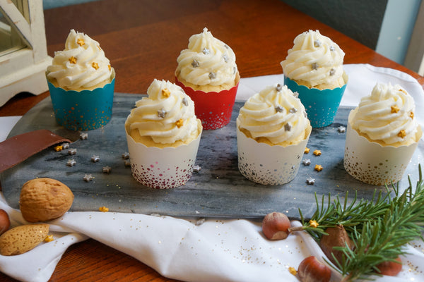 60 Small Confetti Gold on Teal Bake-In-Cups