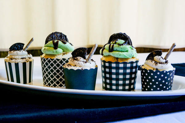 Large Black Gingham Bake-In-Cups