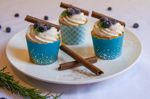 60 Small Confetti Silver on Teal Bake-In-Cups (mini)