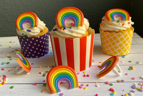Rainbow Cupcake Ring (12 rings)