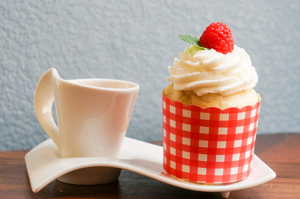 50 Large Red Gingham Bake-In-Cups