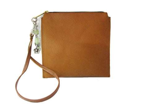Tan Clutch Volans