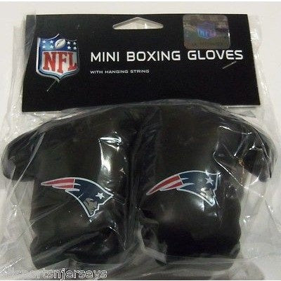 NFL New England Patriots 4 Inch Rear View Mirror Mini Boxing Gloves