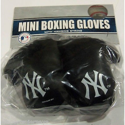 MLB New York Yankees 4 Inch Rear View Mirror Mini Boxing Gloves
